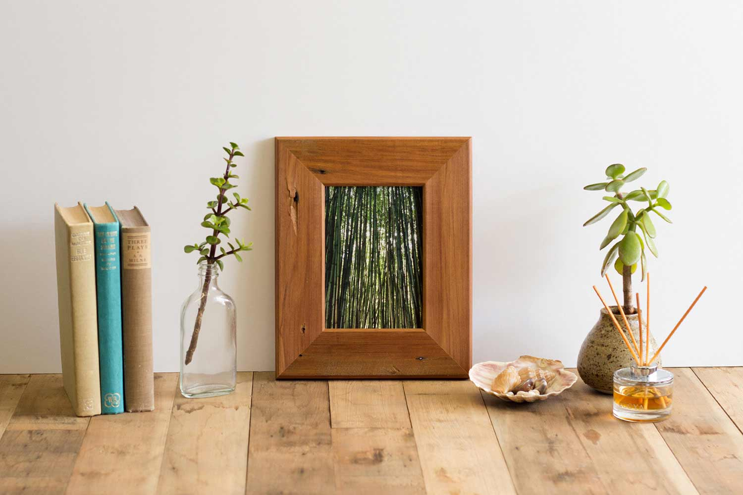 7x5 Recycled Rimu photo Frame
